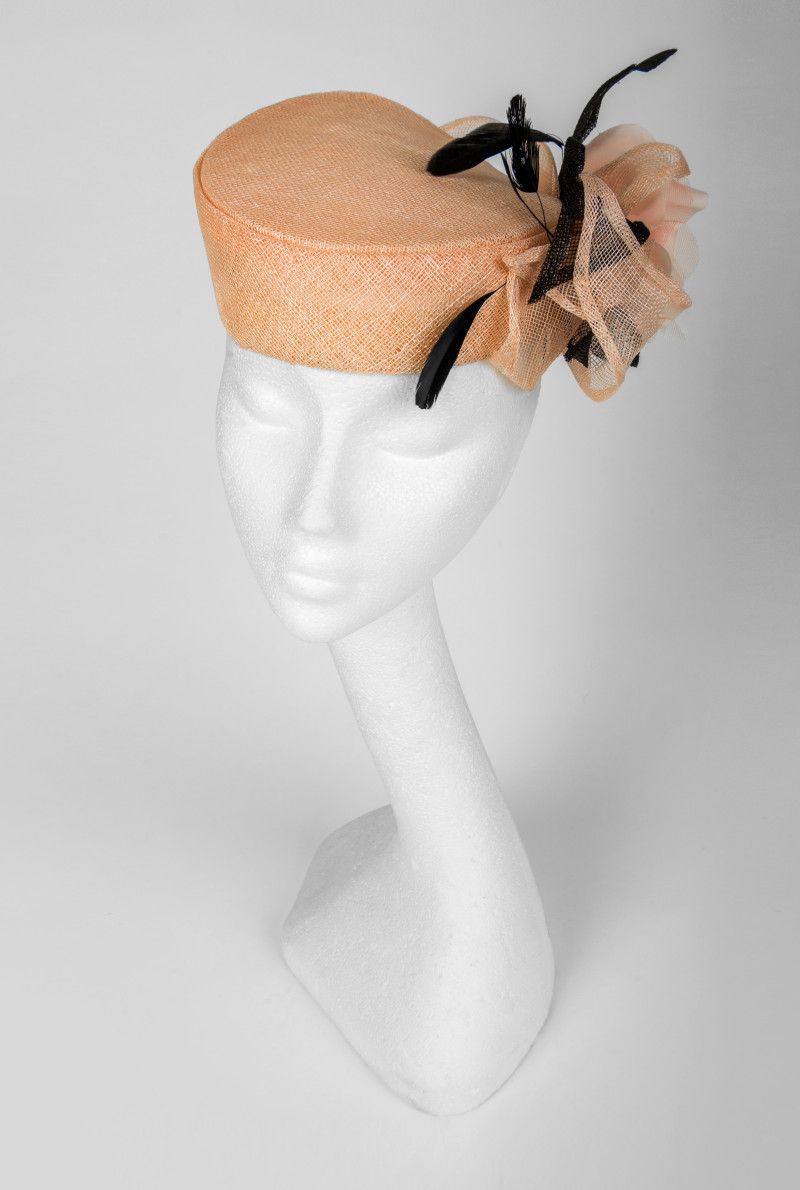 pillbox hat for the races