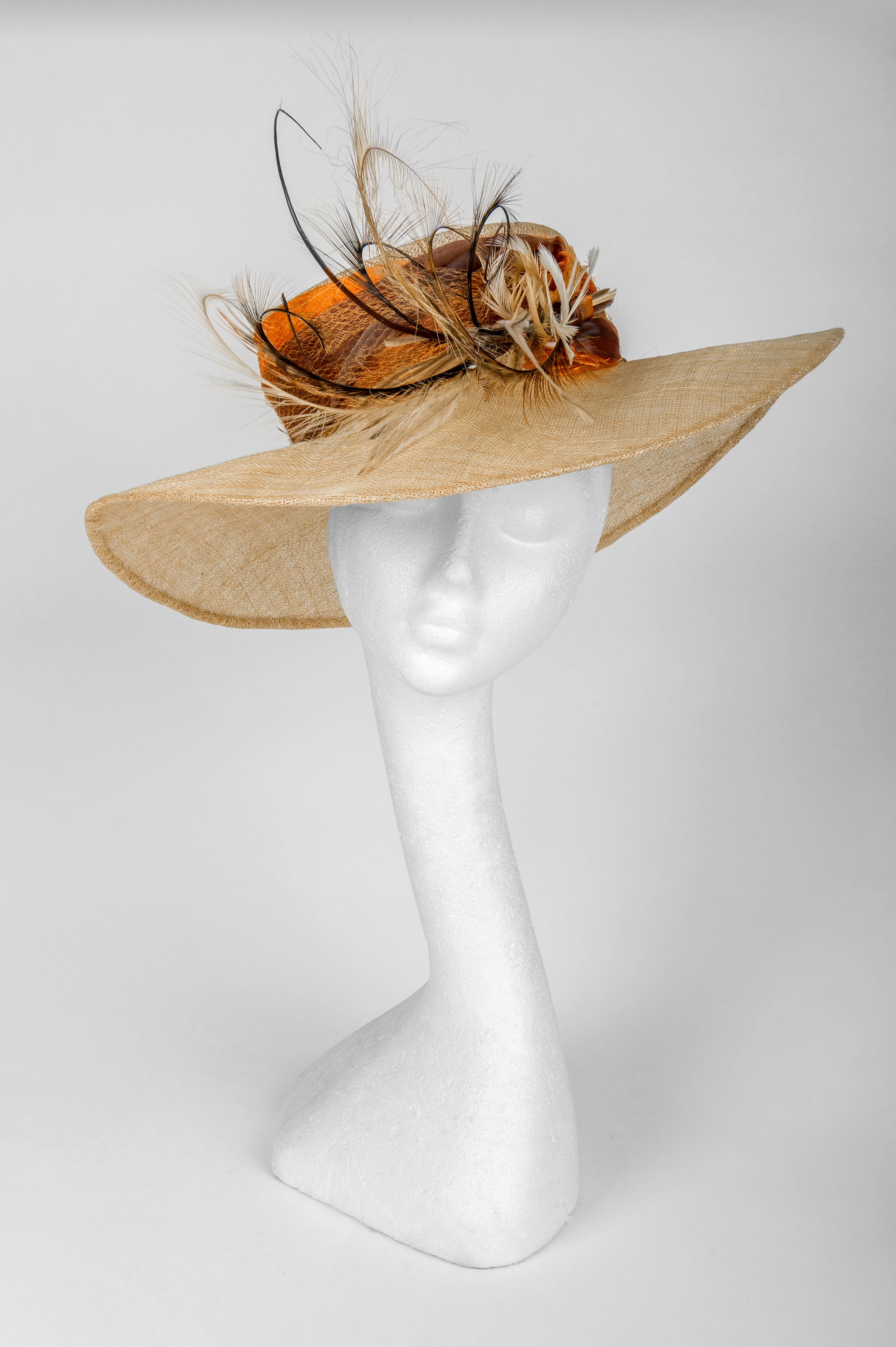 neutral colour large brim hat
